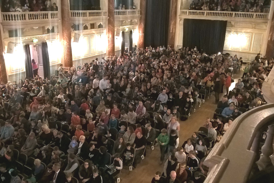 Large audiences in the Cheltenham Town Hall